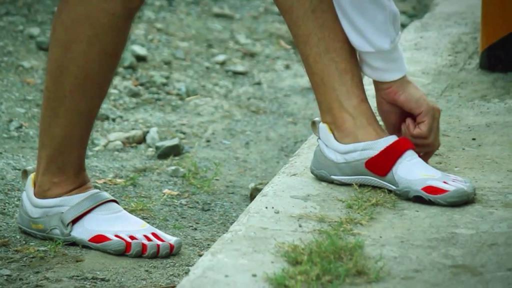 Ох уж эта мода: крупные бренды намереваются выпустить обувь с носком на пять пальцев