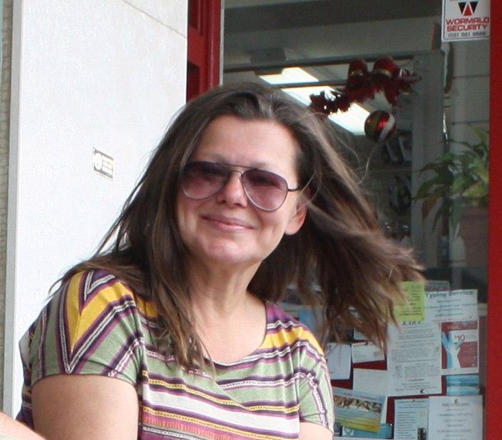 """Единственная дочь """"короля эпизодов"""" Виктора Уральского связала свою жизнь с кино, но стала не актрисой (фото)"""