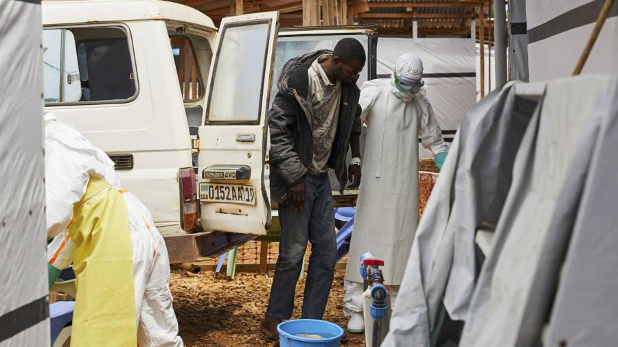 Развивающиеся страны Африки и Азии используют простые доступные методы борьбы с COVID-19. И второй волны у них нет