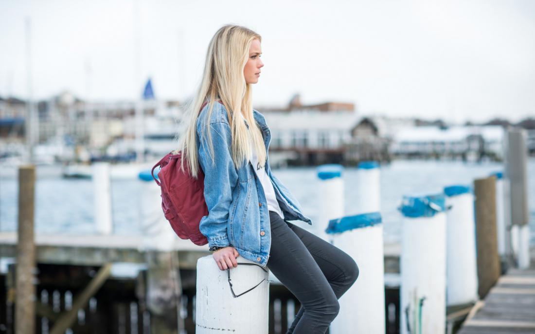 Картинки блондинок по городе