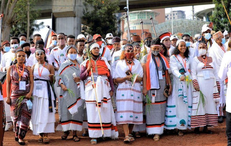 Как одежда отражает растущую этническую гордость народа оромо в Эфиопии