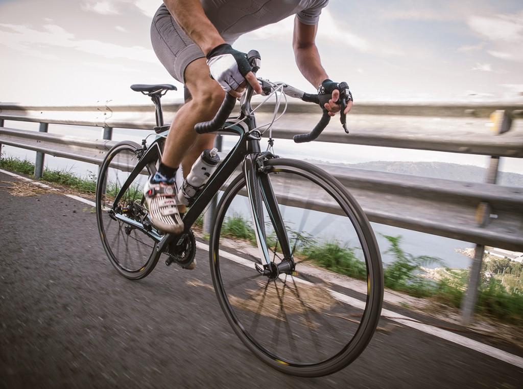 Снижаем стресс, тренируем суставы: 5 основных преимуществ для здоровья езды на велосипеде