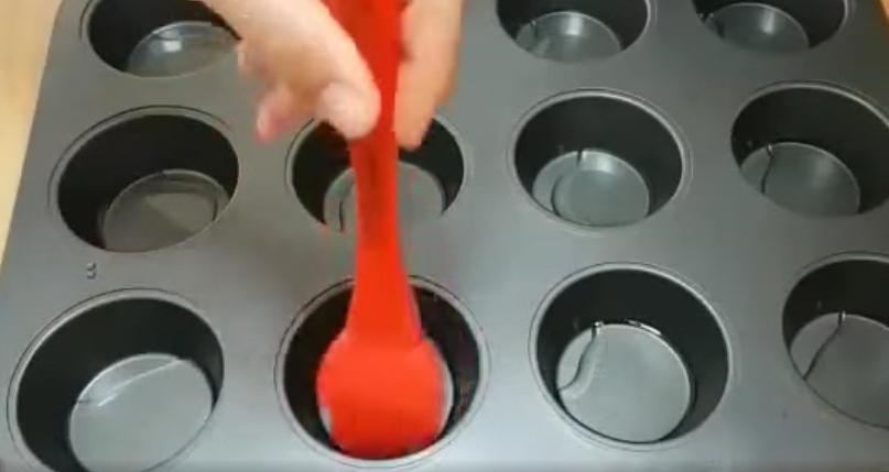 Необычные пустотелые булочки в духовке: можно придумать любую начинку