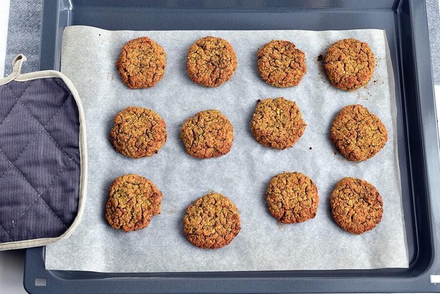 """Подсели всей семьей на чечевичные наггетсы с морковкой, кукурузой и горошком: рецепт в блендере для """"ленивых"""" хозяек"""