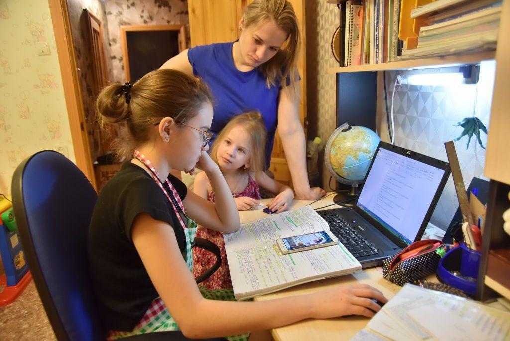 Все из-за компьютеров: в России дистанционные уроки будут длиться 20 минут
