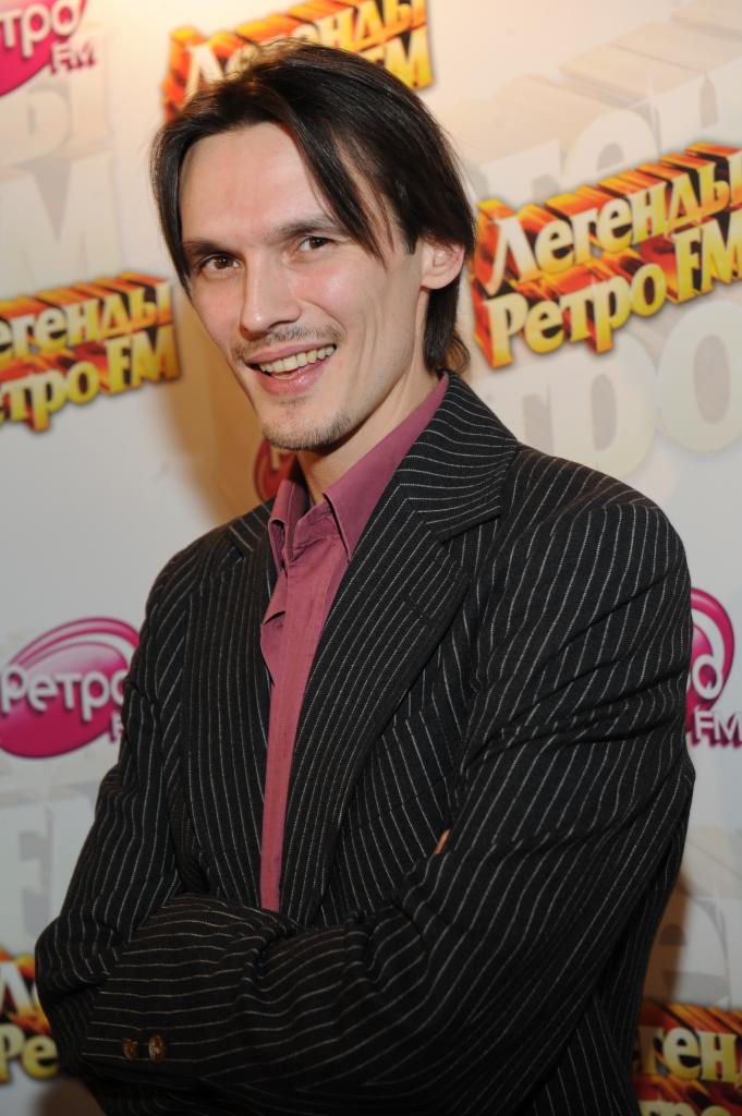 Звезда 1990-х годов Влад Сташевский примет участие в программе «Суперстар. Возвращение»
