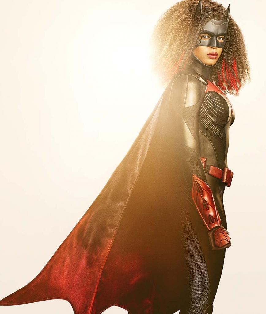 """""""Бэтвумен"""" возвращается: студия показала образ главной героини, которую сыграет Джависия Лесли во втором сезоне сериала"""