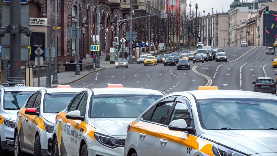 """Индустрия гостеприимства: в России могут запустить """"туристическое такси"""""""