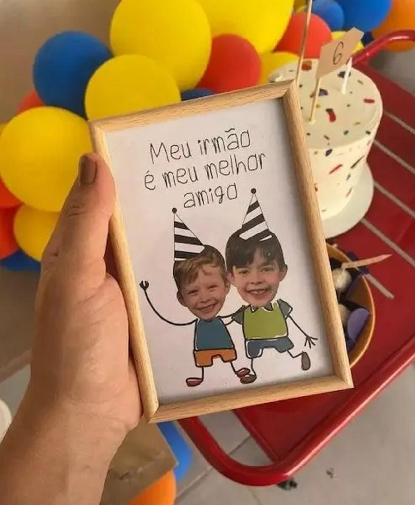 Мальчик так сильно любит старшего брата, что попросил маму посвятить праздник в честь дня рождения ему, а не себе