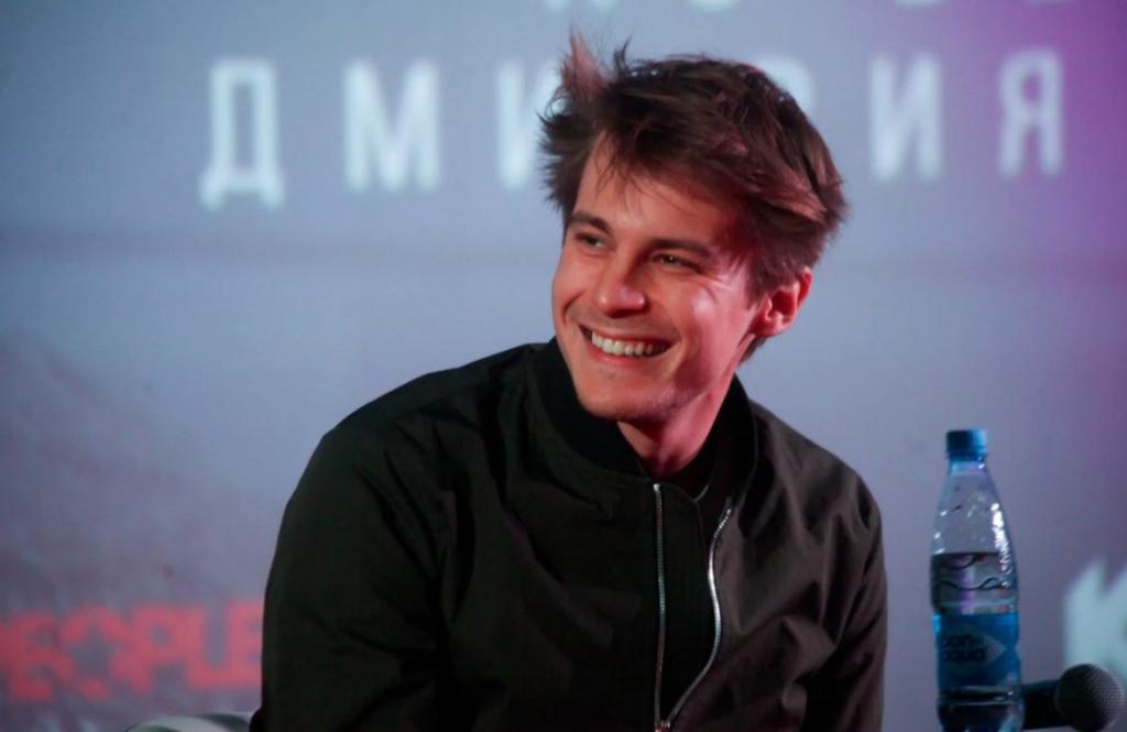 Иван Янковский поблагодарил друзей и подписчиков за теплые слова в честь его 30-летия: юбилей молодой актер отпраздновал дома