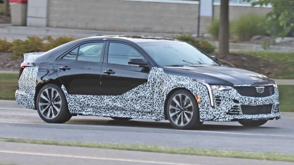 Осталось несколько месяцев: в моделях Cadillac Blackwing 2022 года будут использоваться новые магниевые колеса