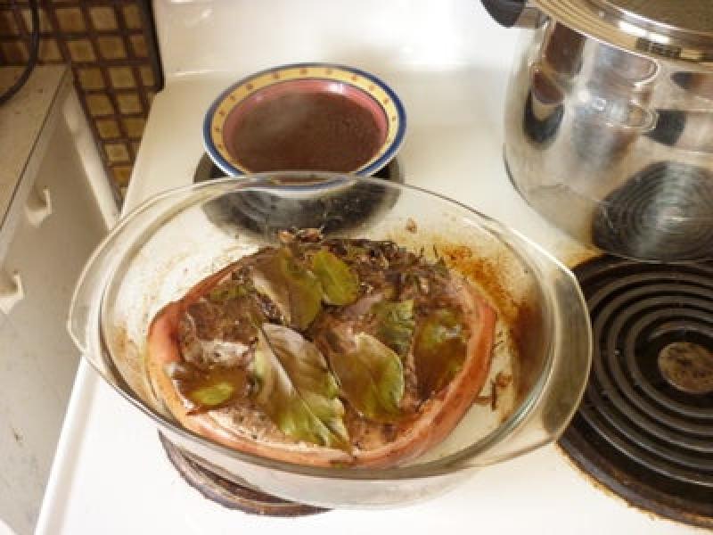 Свинина в авторском травяном маринаде: оставляю мариноваться мясо на ночь, а на следующий день наслаждаюсь его невероятным вкусом
