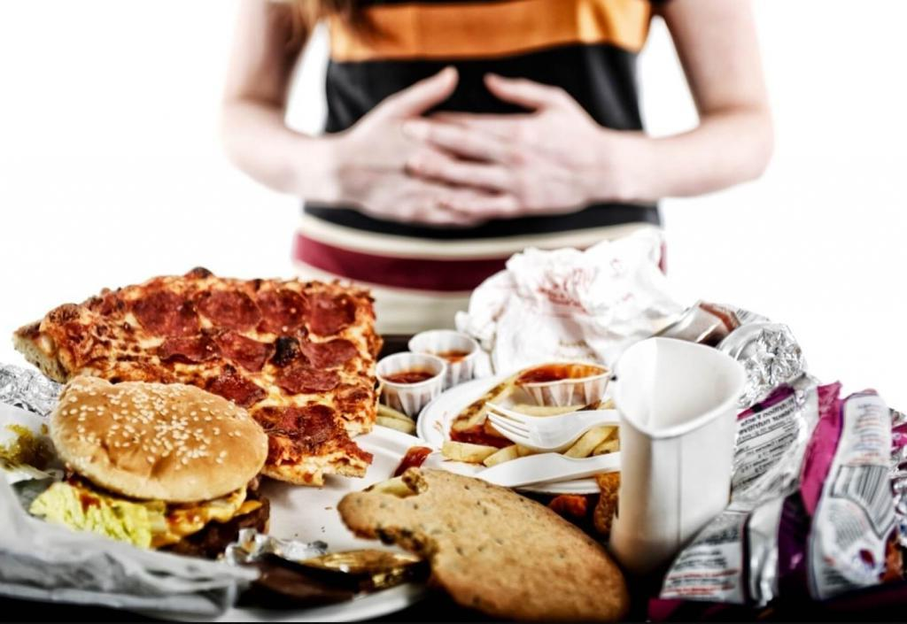 Недостаток сна и загруженность на работе: причины эмоционального переедания и как с ним бороться
