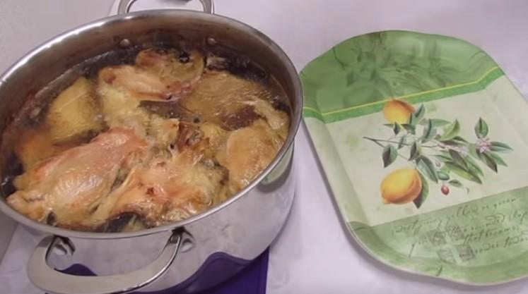 Ко Дню холодца (7 ноября) быстрый, вкусный и простой рецепт из курицы