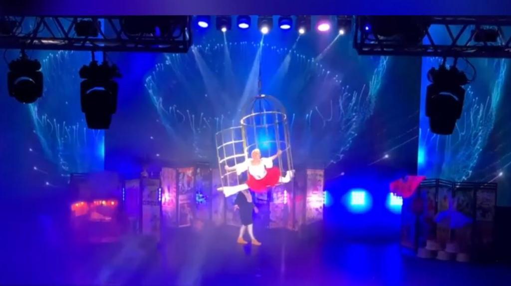«Все ноги в синяках, но это того стоит»: Анастасия Волочкова показала новый номер «Клетка». Но не все фанаты оценили танец