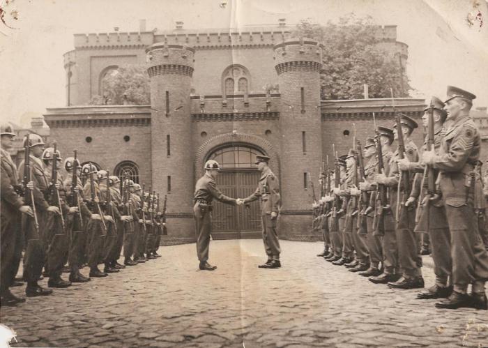 Пересменка в тюрьме Шпандау