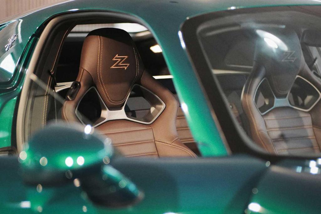Много роскошной кожи: итальянская компания Zagato представила первую модель IsoRivolta GTZ