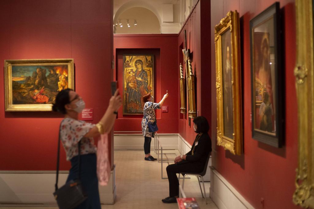 Новые ограничения на фоне пандемии: федеральные музеи в Москве будут закрыты с 16 ноября по 15 января