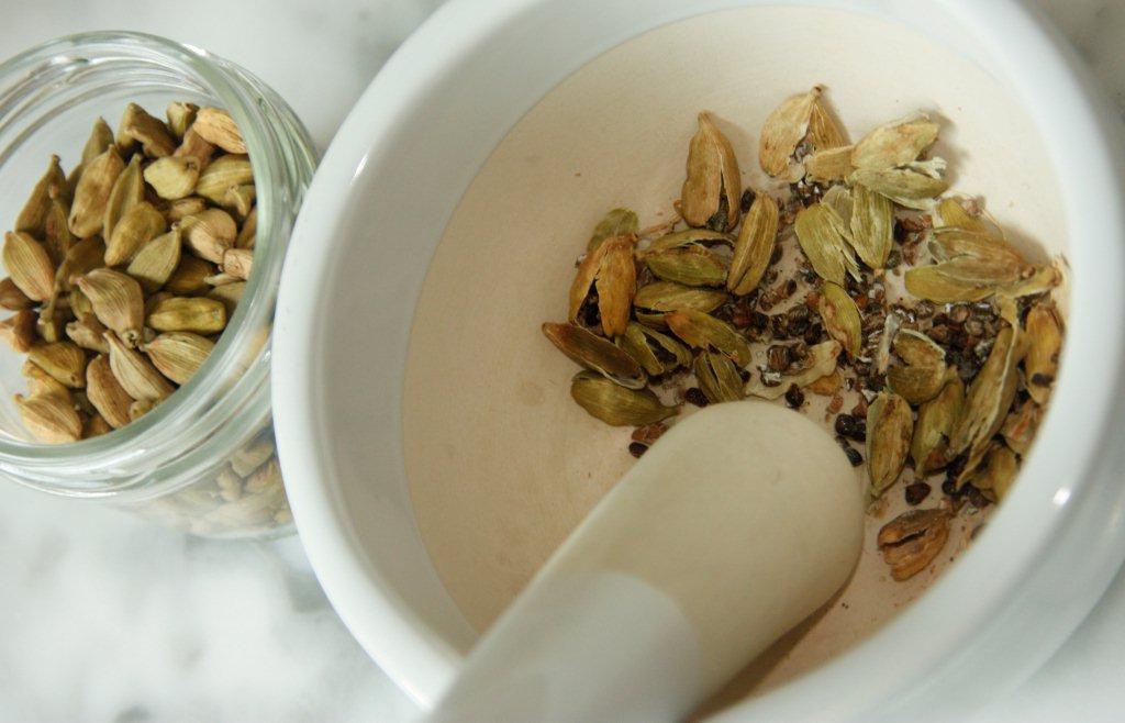 Если мы не едем в Тайланд, то он едет к нам: рецепт фрикаделек по-тайски под кокосовым соусом