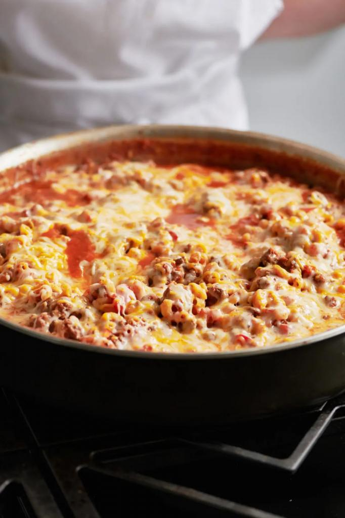 Много сыра и макароны: готовим сытный ужин для всей семьи