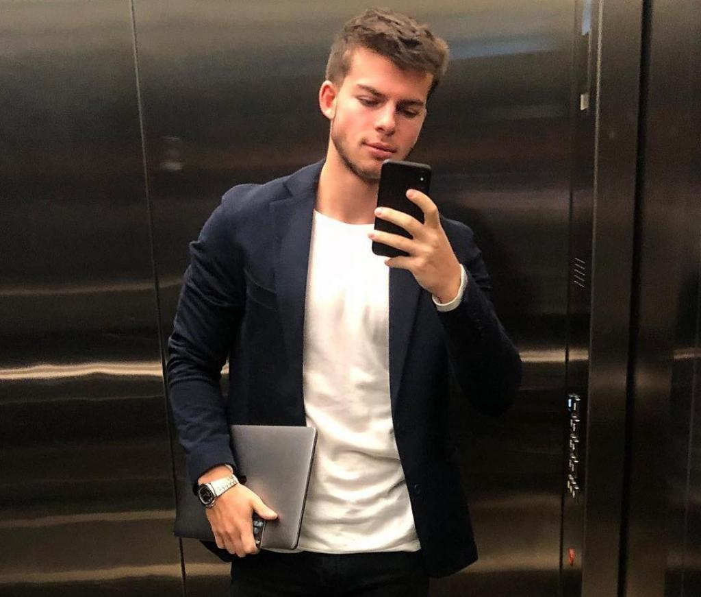 Приемный сын Газманова очень на него похож: новые фото молодого миллионера