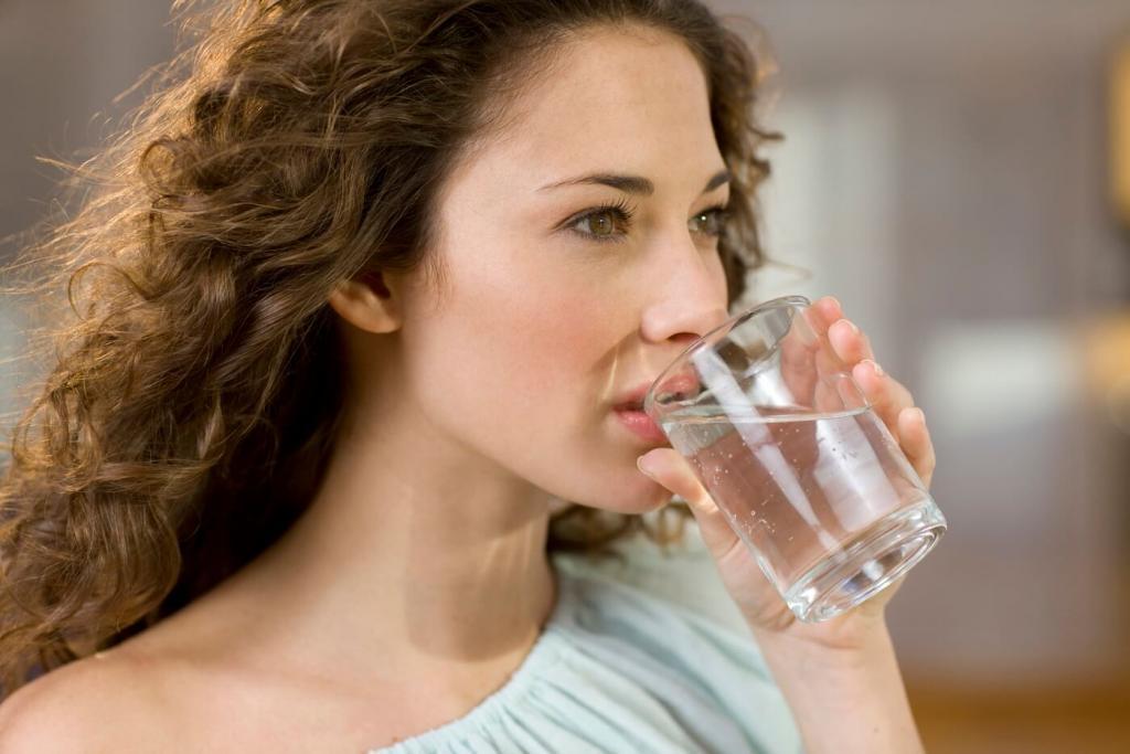 В Румынии советуют укреплять иммунитет по примеру русских женщин простым напитком. Рецепт из 3 ингредиентов