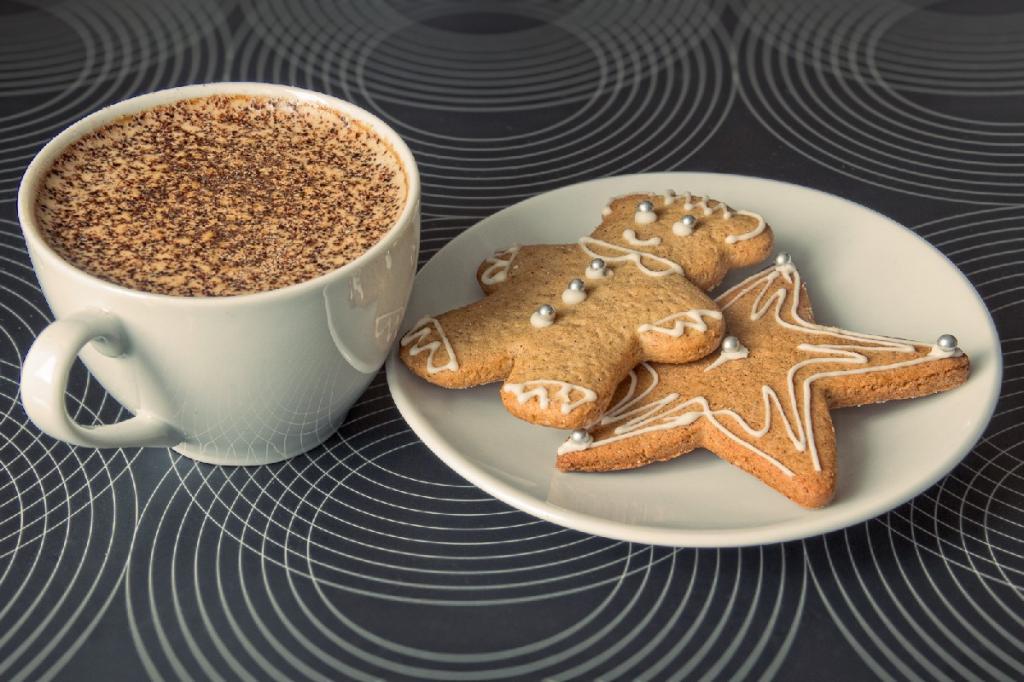 Встречаю зиму с настроением, заваривая кофе со вкусом рождественского пряника: секреты приготовления