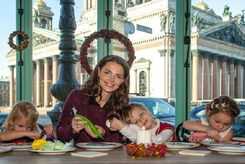 Елизавета Боярская призналась, что была бы счастлива быть просто домохозяйкой, заниматься домом и детьми