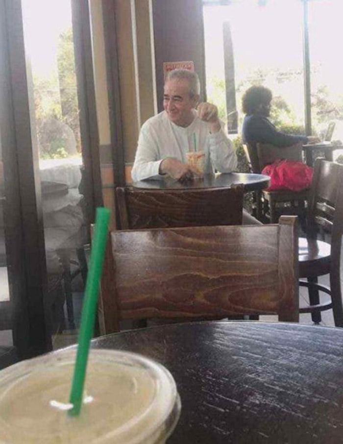 Анне назначили свидание в кафе, но девушка пришла с папой: пользователи Сети решили, что это крайняя мера