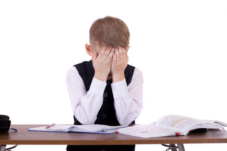 Не называйте дураком: дети всерьез воспринимают каждое слово родителей