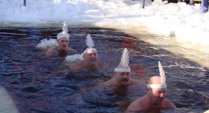 Оказывается, моржам тоже бывает холодно, зато фотосессии самые крутые: моржевание по всем правилам