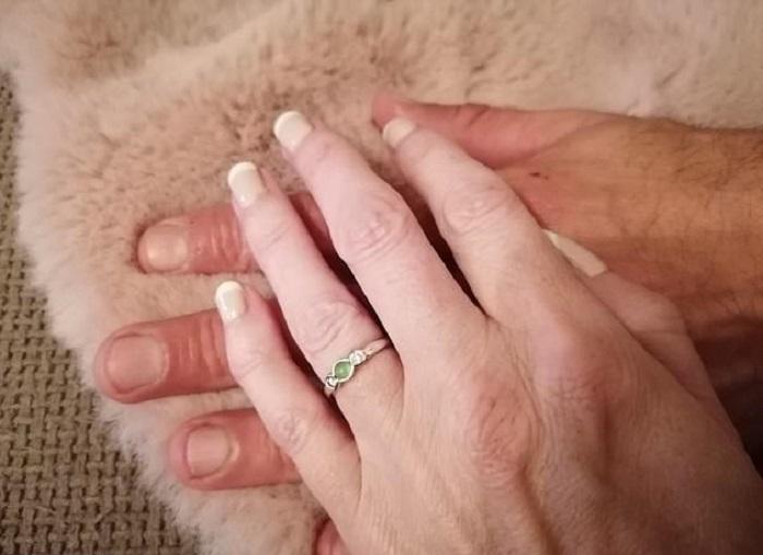 К 47 годам Николетт была готова сдаться и больше не искать любовь. Ее личная жизнь наладилась с наступлением карантина