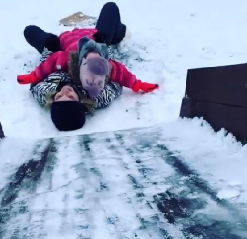«Лучший день с моей принцессой»: Полина Гагарина поделилась в Instagram, как проводит время со своей младшей дочкой Мией