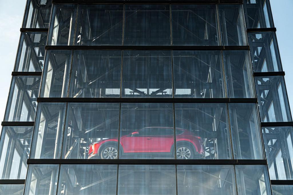 10 лучших автомобилей, один из которых стоит приобрести в 2021 году