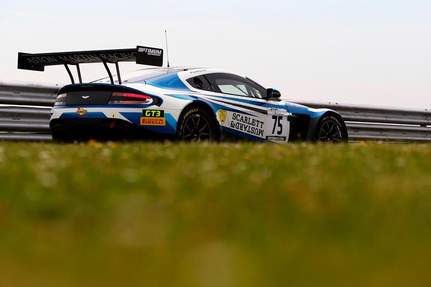 Продается только в наборе: Aston Martin запускает новую коллекцию в комплекте из трех авто, побеждавших в гонках