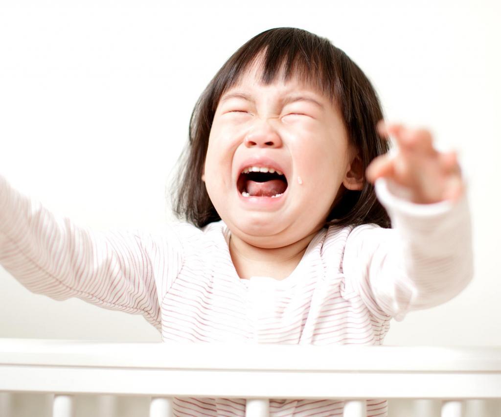 Вдруг и спать, и есть не хотят, а все истерики: 8 психологических скачков детей (от 5-й до 55-й недели)