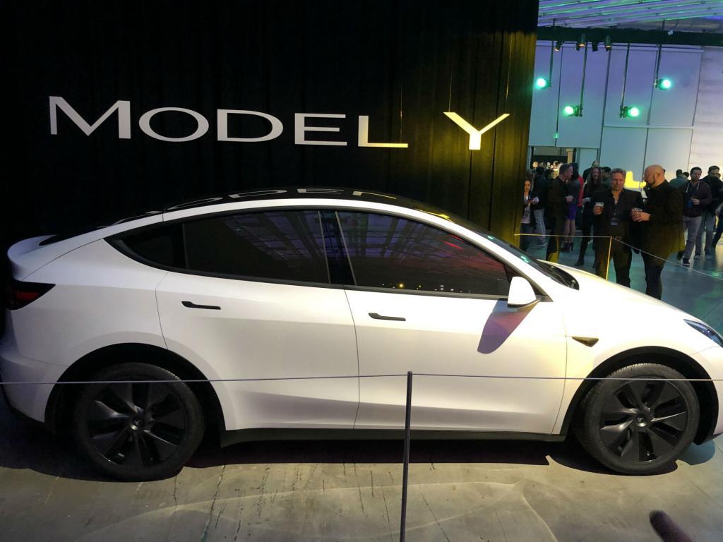 Tesla отзывает более 9,5 тыс. электромобилей Model X и Model Y в США: детали отклеиваются и болты не затянуты