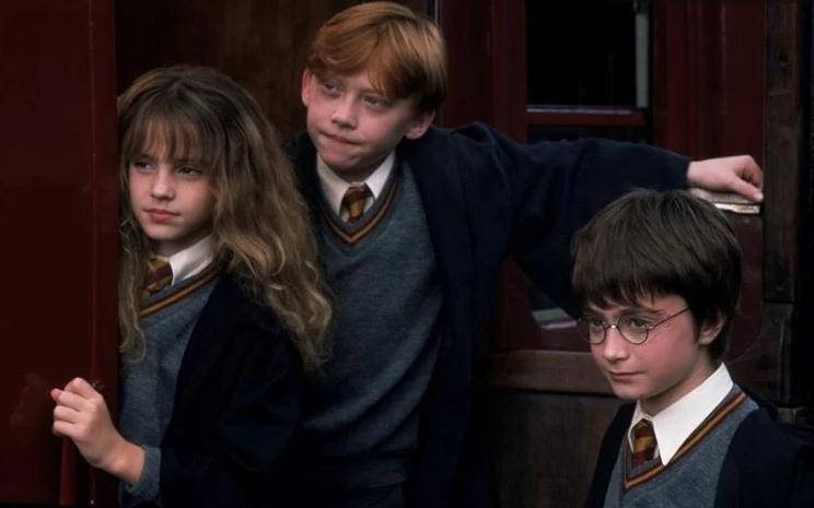 """""""Две недели ходил на работу с мыслью, что меня уволят"""": режиссер """"Гарри Поттера"""" рассказал о своих главных страхах во время съемок"""