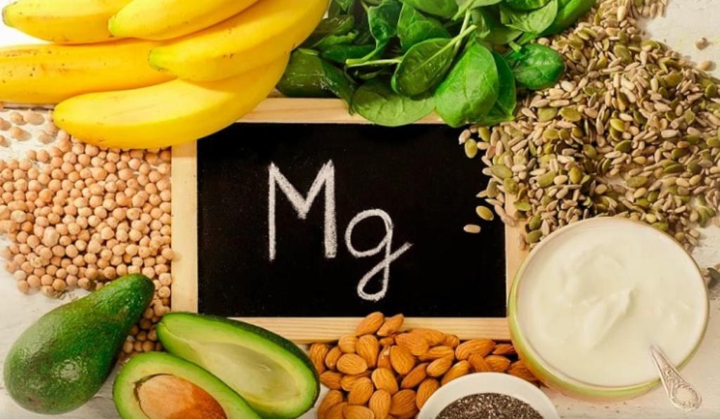 Магний - важнейший для здоровья элемент. Необходим для нервной системы и содержится в 5-ти простых продуктах (отрубях, орехах и других источниках)