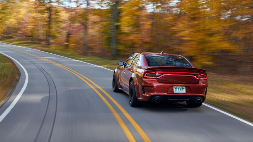 Dodge Charger SRT Hellcat Redeye 2021 года - самый быстрый седан на Земле