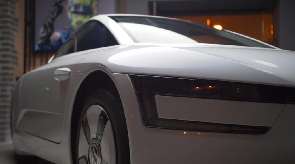 Редкий серийный Volkswagen в истории: XL1 назвали самым экономичным и самым обтекаемым
