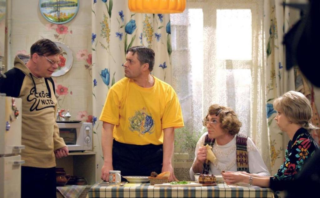 """""""О. С. П.-студия"""": как выглядят и чем занимаются сегодня актеры самого смешного телешоу 90-х"""