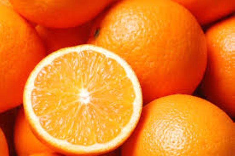 Всегда покупаю апельсины с толстой кожурой. В таких фруктах нет химикатов