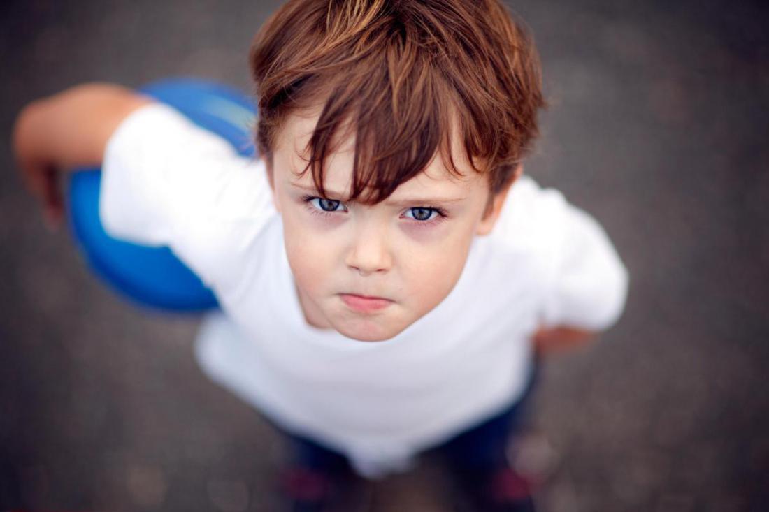 картинки непослушный малыш интерес весов текущим