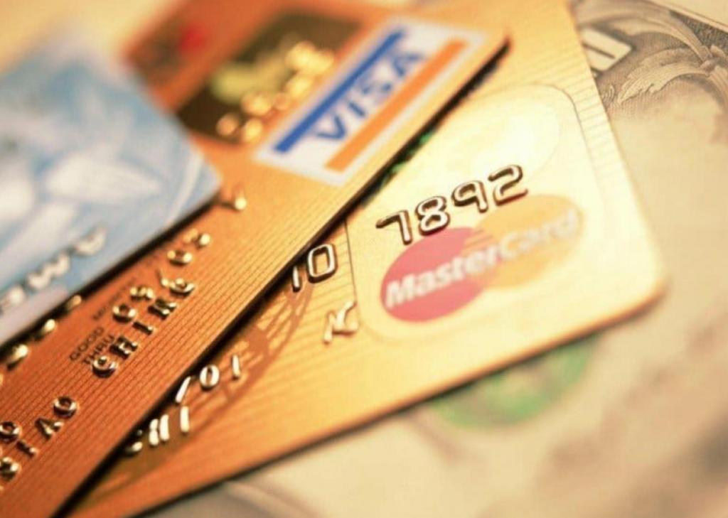 Очередная афера с кредитами: раскрыта новая схема кражи мошенниками денег с карт