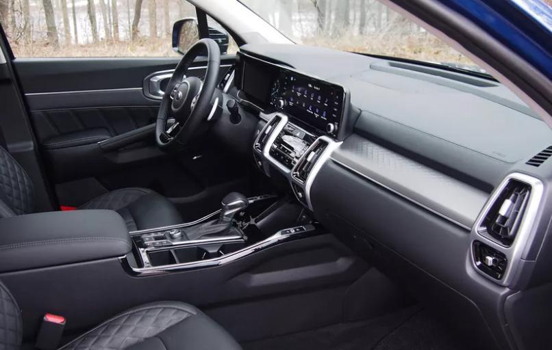 Обзор первого Kia Sorento 2021 года: стильный и практичный