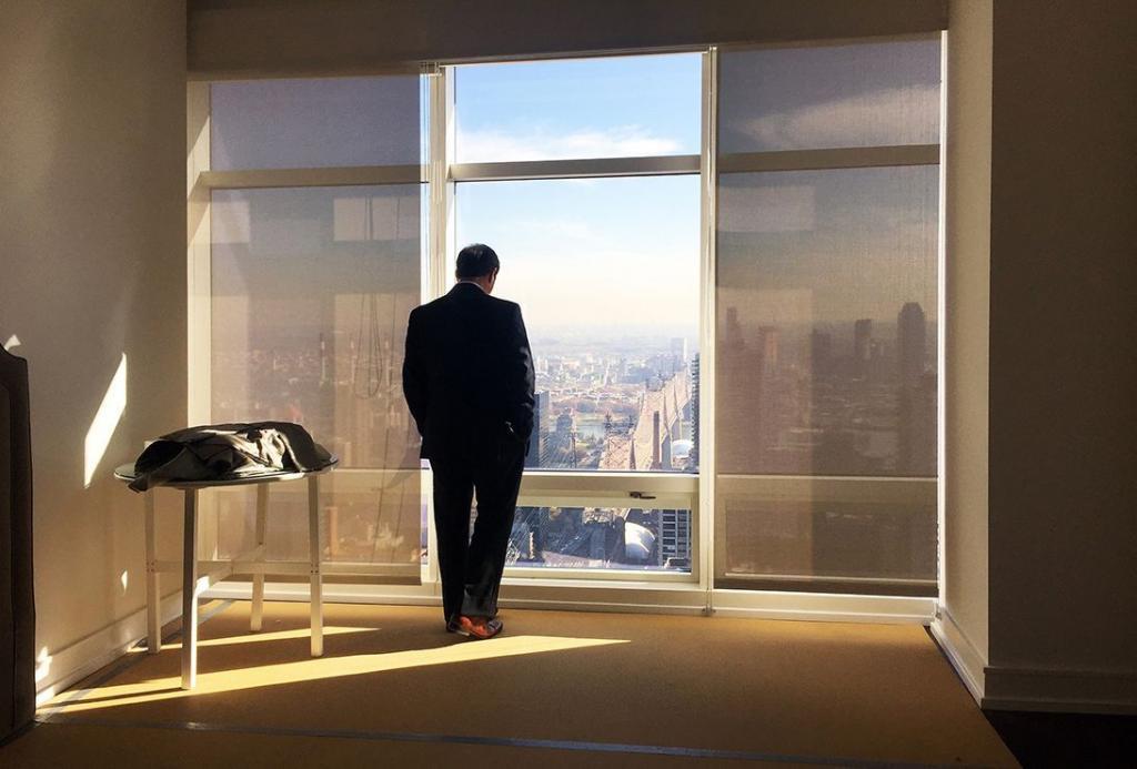 """""""Они все одинаковые"""": фотограф выдавала себя за венгерскую миллиардершу, чтобы попасть в самые дорогие пентхаусы Нью-Йорка"""