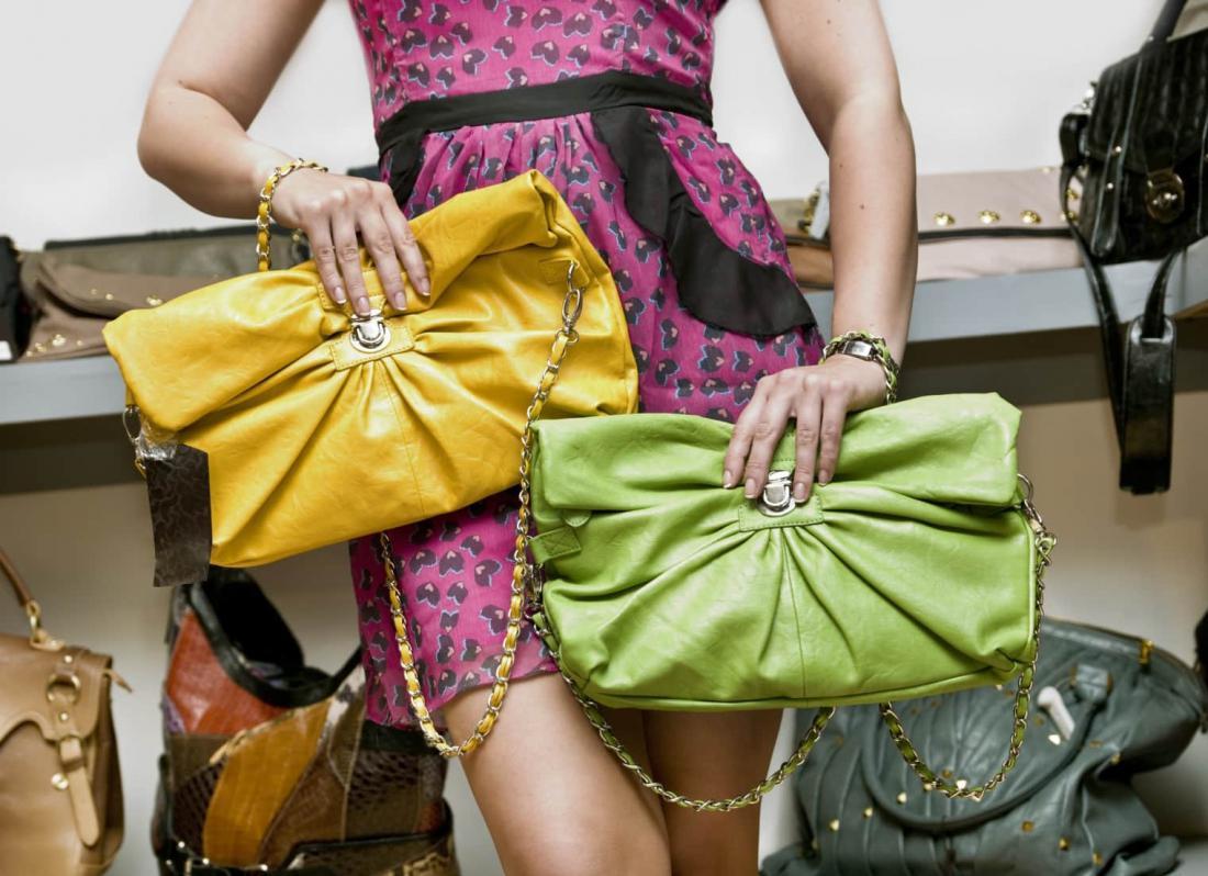 картинки ярких сумок вдвое ниже, сроки