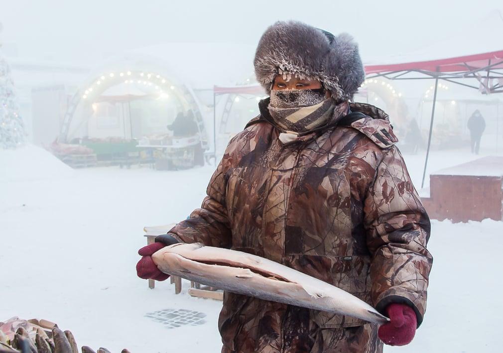 Зима в самом холодном городе на Земле в картинках: Якутск со среднемесячной температурой января –38,6 °C и с самой низкой отметкой в –64,4 °C в феврале 1891 г.
