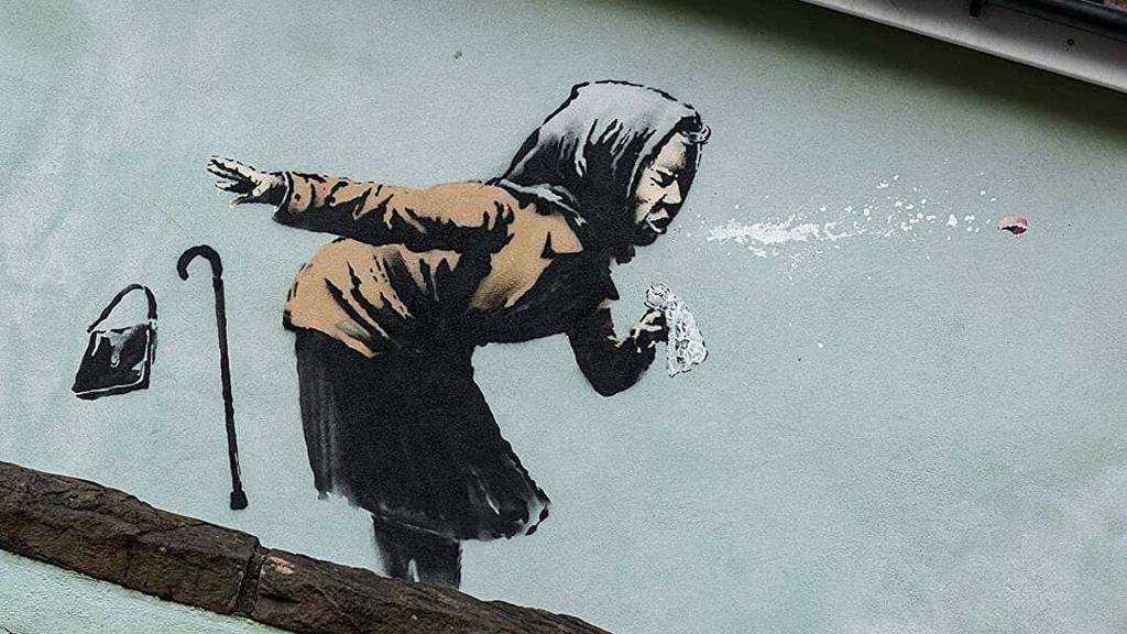 Новое граффити неуловимого Бэнкси появилось в Бристоле. Оно посвящено COVID-19 (видео)